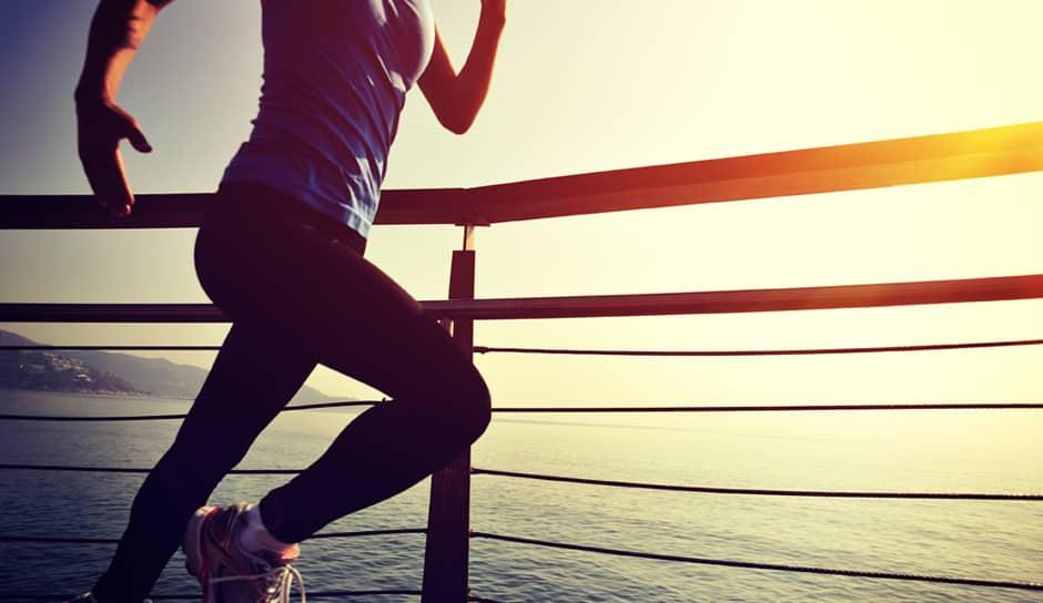 Tek in tekaški treningi ter delavnice kot umetnost teka in gibanja.